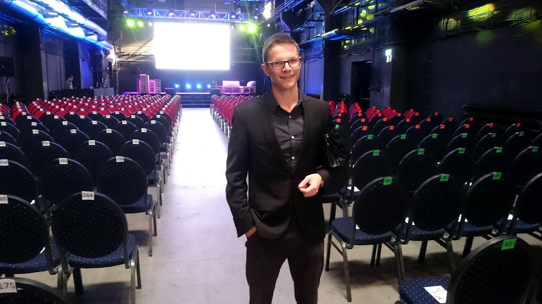 Jaro Dodok počas odovzdávania ocenenia Blorger roka 2017