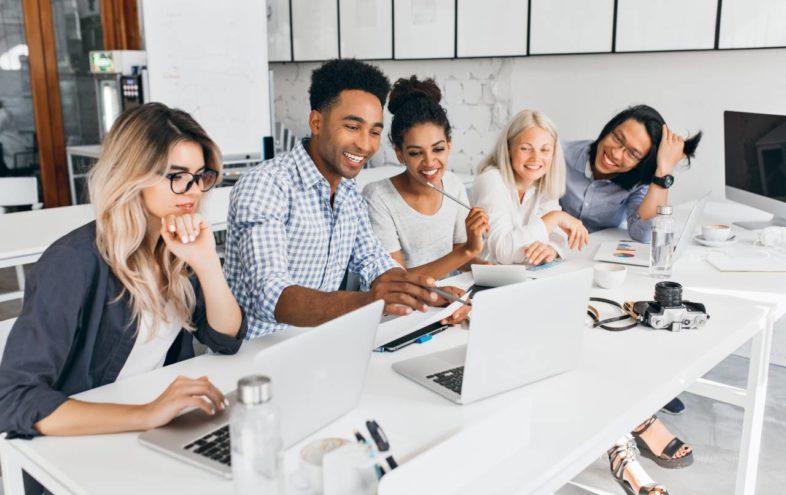 Podnikanie a vysoká škola: ako ti slovenské univerzity pomôžu na ceste k biznisu?